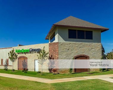 Storage Units for Rent available at 1401 North Coltrane Road, Edmond, OK 73034 Photo Gallery 1