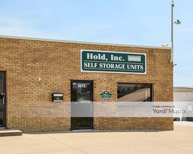 Storage Units for Rent available at 5672 Commercial Drive, Burlington, KY 41005 Photo Gallery 1
