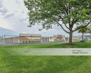 Storage Units for Rent available at 2280 Royalton Road, Strongsville, OH 44149 Photo Gallery 1