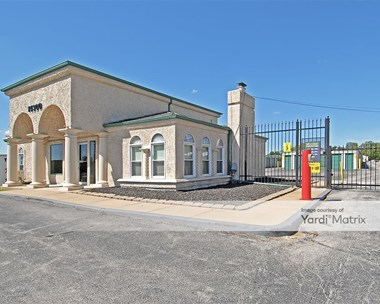 Storage Units for Rent available at 14300 East Frontage Road, Grandview, MO 64030 Photo Gallery 1