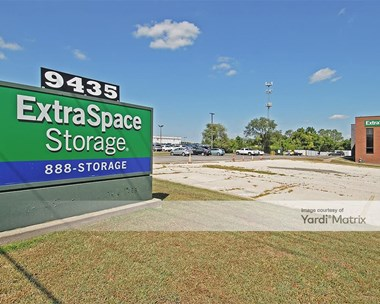 Storage Units for Rent available at 9435 Holmes Road, Kansas City, MO 64131 Photo Gallery 1