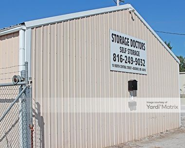 Storage Units for Rent available at 14 North Central Street, Buckner, MO 64016 Photo Gallery 1