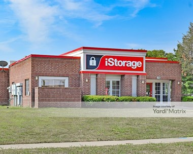 Storage Units for Rent available at 8321 West 125Th Street, Overland Park, KS 66213 Photo Gallery 1