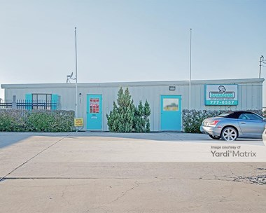 Storage Units for Rent available at 1901 Highway 181, Portland, TX 78374 Photo Gallery 1