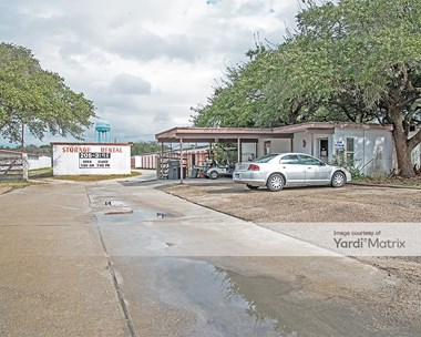 Storage Units for Rent available at 901 Henderson Street, Rockport, TX 78382 Photo Gallery 1