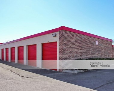Storage Units for Rent available at 1700 Linden Avenue, Knoxville, TN 37917 Photo Gallery 1