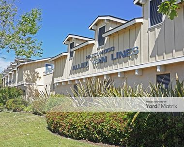 Storage Units for Rent available at 1222 Cravens Lane, Carpinteria, CA 93013 Photo Gallery 1