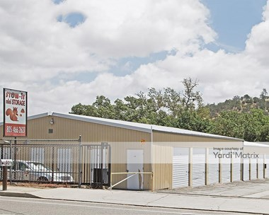 Storage Units for Rent available at 5325 Traffic Way, Atascadero, CA 93422 Photo Gallery 1