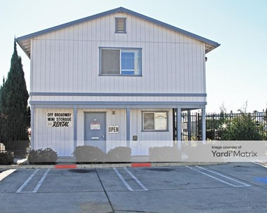 Storage Units for Rent available at 1745 South Lincoln Street, Santa Maria, CA 93458 Photo Gallery 1