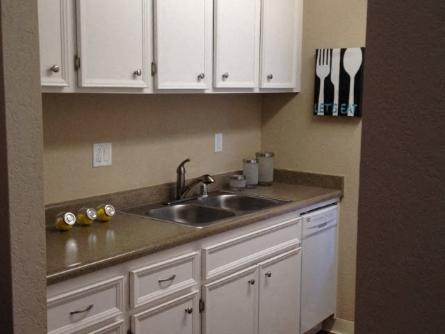 Apartments in Davis | The Grove Apartments