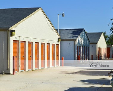 Storage Units for Rent available at 206 East Macarthur Road, Wichita, KS 67216 Photo Gallery 1