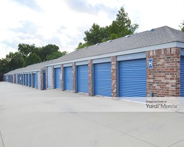 Storage Units for Rent available at 405 South Hillside Street, Wichita, KS 67211 Photo Gallery 1