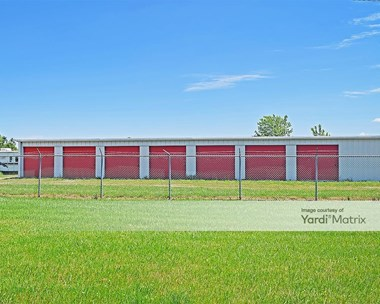 Storage Units for Rent available at 3611 Cincinnati Zanesville Road NE, Lancaster, OH 43130 Photo Gallery 1