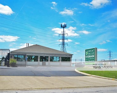 Storage Units for Rent available at 1330 Georgesville Road, Columbus, OH 43228 Photo Gallery 1