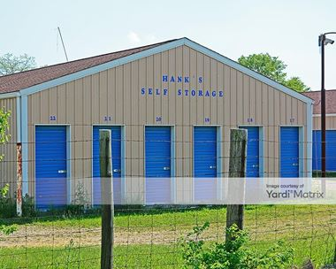 Storage Units for Rent available at 6015 US Highway 40, West Jefferson, OH 43162 Photo Gallery 1