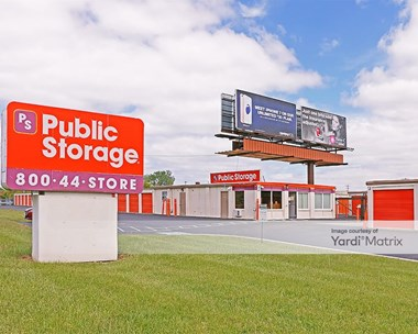 Storage Units for Rent available at 4990 Sinclair Road, Columbus, OH 43229 Photo Gallery 1