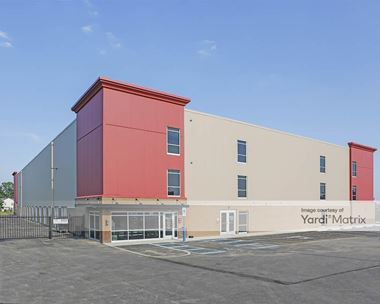 Storage Units for Rent available at 851 Candlelite Lane, Lewis Center, OH 43035 Photo Gallery 1