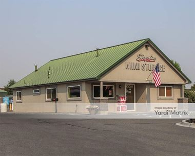 Storage Units for Rent available at 2001 North Steptoe Street, Kennewick, WA 99336 Photo Gallery 1
