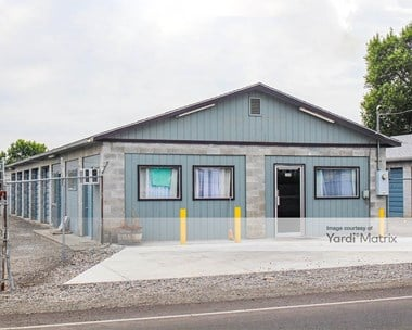 Storage Units for Rent available at 314 Old Inland Empire Hwy East, Grandview, WA 98930 Photo Gallery 1