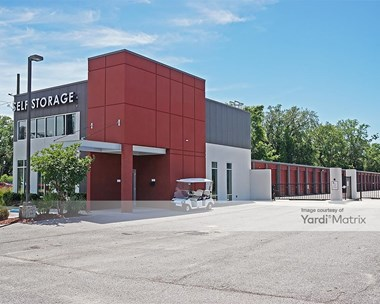 Storage Units for Rent available at 1835 East Olive Road, Pensacola, FL 32514 Photo Gallery 1