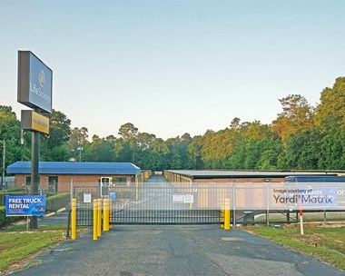 Storage Units for Rent available at 801 East Nine Mile Road, Pensacola, FL 32514 Photo Gallery 1