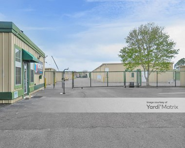 Storage Units for Rent available at 950 Airport Road, Destin, FL 32541 Photo Gallery 1