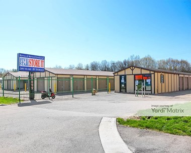 Storage Units for Rent available at 3701 Stadium Drive, Kalamazoo, MI 49008 Photo Gallery 1