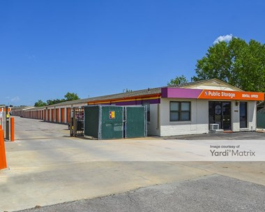 Storage Units for Rent available at 1930 South Woodlawn Street, Wichita, KS 67218 Photo Gallery 1
