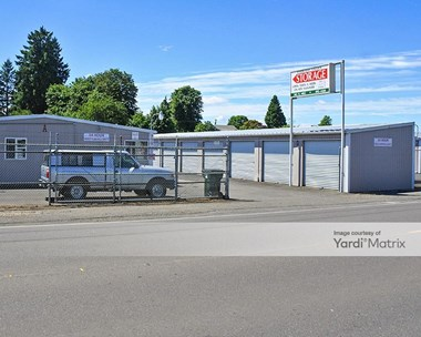Storage Units for Rent available at 385 North Mill Street, Creswell, OR 97426 Photo Gallery 1