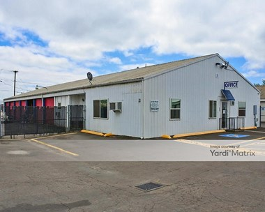 Storage Units for Rent available at 3210 West 11th Avenue, Eugene, OR 97402 Photo Gallery 1