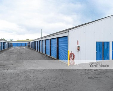 Storage Units for Rent available at 141 SW Queen Avenue, Albany, OR 97322 Photo Gallery 1