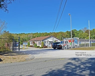 Storage Units for Rent available at 550 Veazie Street, Providence, RI 02904 Photo Gallery 1
