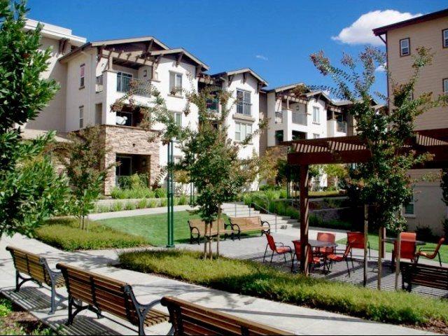 Pine Grove Apartments Dublin Ca