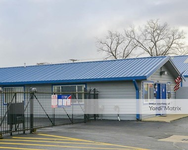 Storage Units for Rent available at 24040 Groesbeck Hwy, Warren, MI 48089 Photo Gallery 1