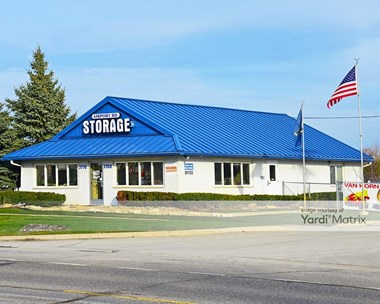 Storage Units for Rent available at 3700 Airport Road, Waterford, MI 48329 Photo Gallery 1