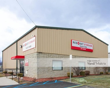 Storage Units for Rent available at 5620 Hoover, Trenton, MI 48183 Photo Gallery 1