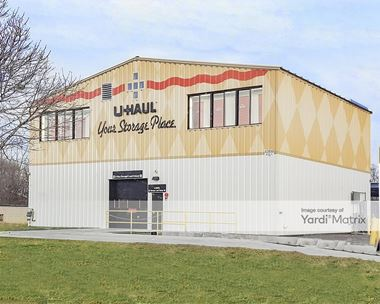 Storage Units for Rent available at 43920 North Gratiot Avenue, Clinton Township, MI 48036 Photo Gallery 1