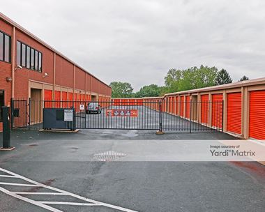 Storage Units for Rent available at 5525 Sawmill Road, Dublin, OH 43017 Photo Gallery 1