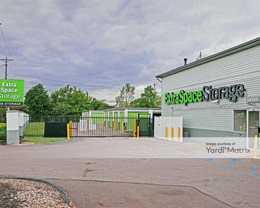 Storage Units for Rent available at 2160 Innis Road, Columbus, OH 43224 Photo Gallery 1