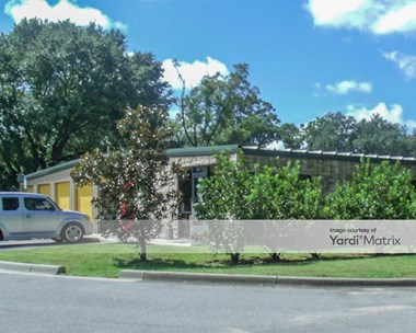Storage Units for Rent available at 997 Industrial Drive, Crestview, FL 32539 Photo Gallery 1