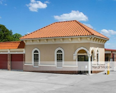 Storage Units for Rent available at 1820 Houston Lake Road, Perry, GA 31069 Photo Gallery 1