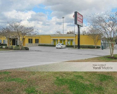 Storage Units for Rent available at 17880 Airline Hwy, Prairieville, LA 70769 Photo Gallery 1