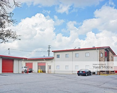 Storage Units for Rent available at 708 Montlimar Park, Mobile, AL 36693 Photo Gallery 1