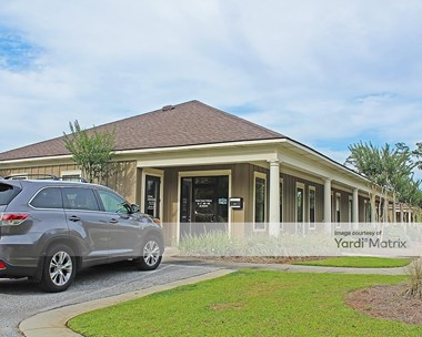 Storage Units for Rent available at 18880 State Hwy 181, Fairhope, AL 36532 Photo Gallery 1