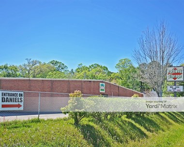Storage Units for Rent available at 2410 Dauphin Island Pkwy, Mobile, AL 36605 Photo Gallery 1