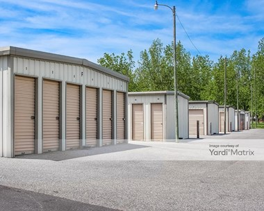 Storage Units for Rent available at 7499 Monk Road, Fairhope, AL 36532 Photo Gallery 1