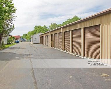 Storage Units for Rent available at 4039 Lockbourne Road, Columbus, OH 43207 Photo Gallery 1