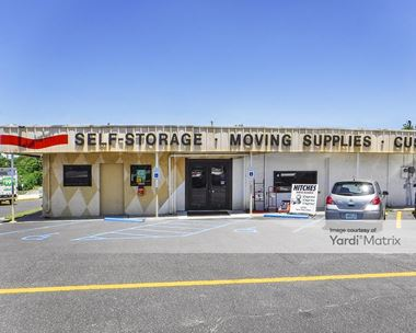 Storage Units for Rent available at 631 North Beal Pkwy, Fort Walton Beach, FL 32548 Photo Gallery 1