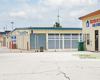 Storage Units for Rent available at 101 Hospital Drive, Crestview, FL 32539 Photo Gallery 1
