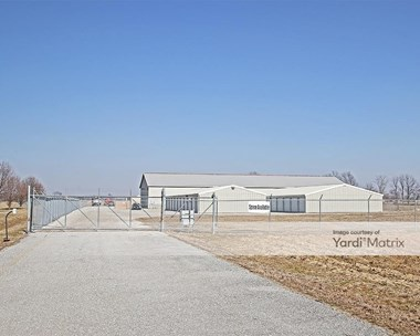 Storage Units for Rent available at 7214 North Michigan Road, Fairland, IN 46126 Photo Gallery 1